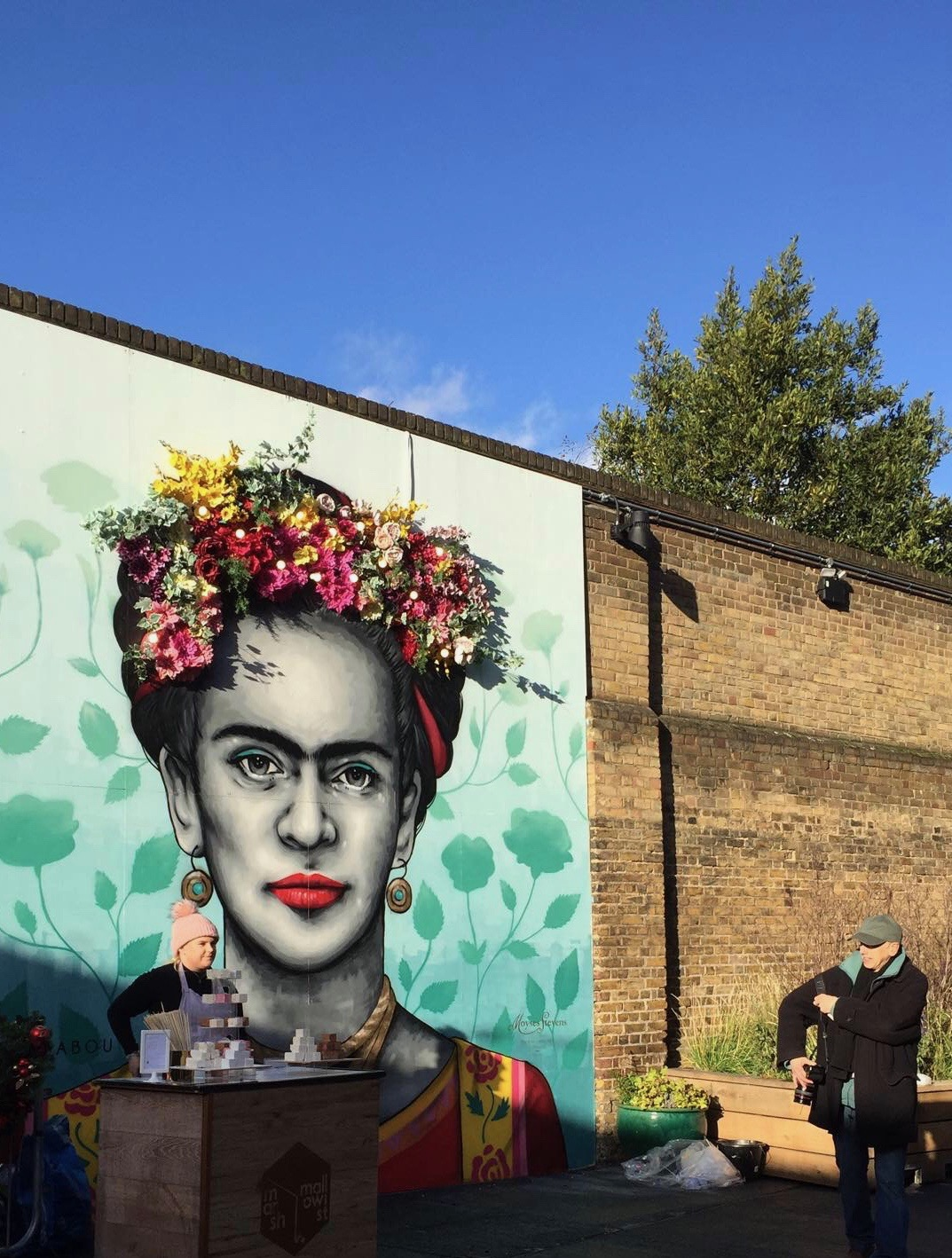 MURAL OF FRIDA MEXIAN ARTIST IN POP UP MARKET
